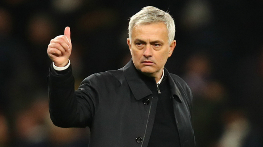 مورينيو مدرباً جديداً لروما بدءاً من الموسم المقبل