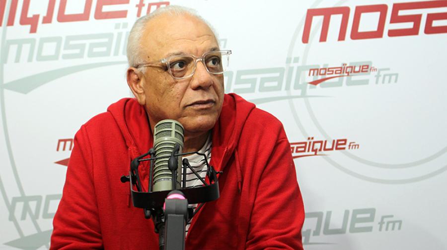 فتحي الهداوي: '' معارك الخدم لا تعنيني..تعنيني معارك علية القوم''