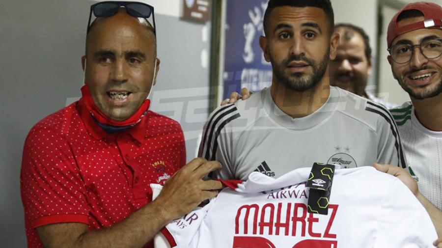 رياض محرز بقميص النادي الإفريقي