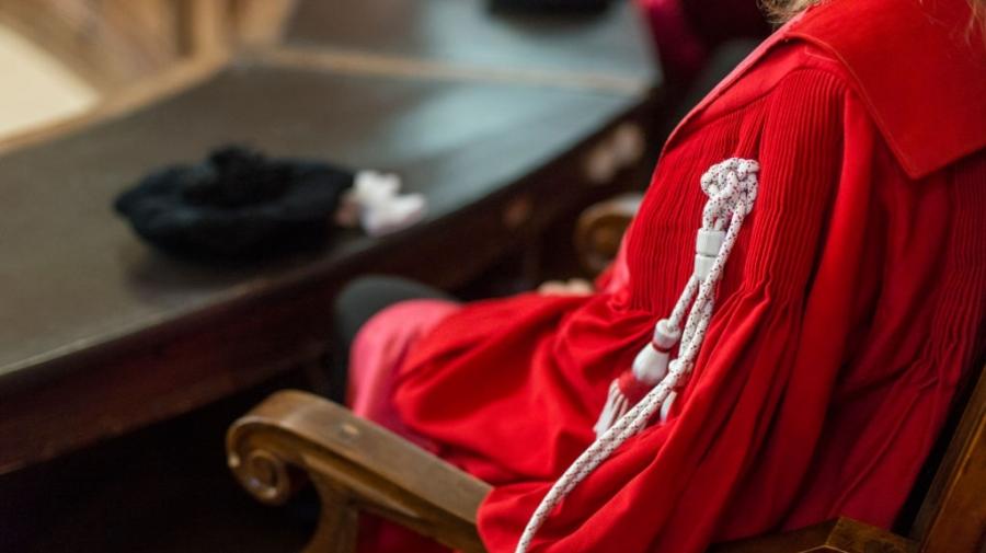 10 قضاة عدليين مشمولون مبدئيا بقرار إنهاء الإلحاق