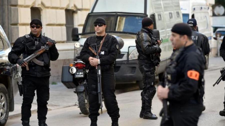 الأمن الجزائري يفكك شبكة إرهابية على الحدود التونسية