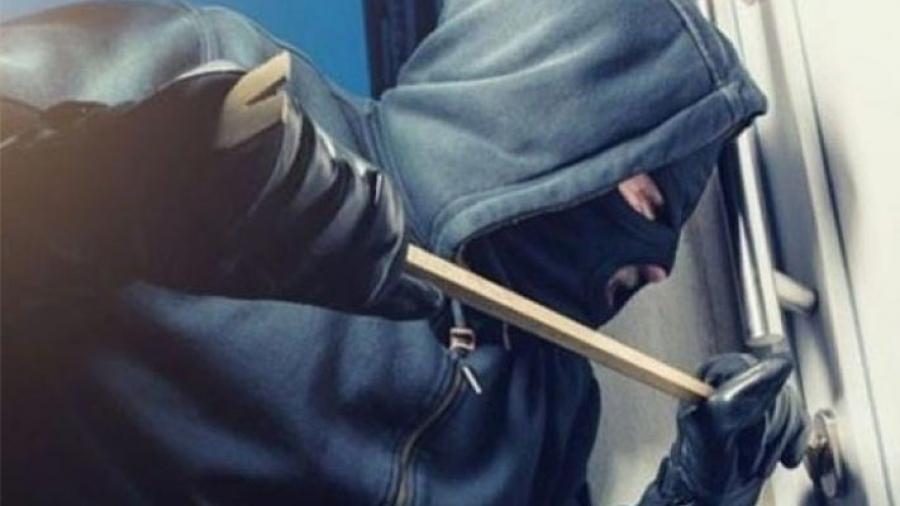 القصرين: محاولة سرقة فرع بنكي بإحداث ثقب في سقفه