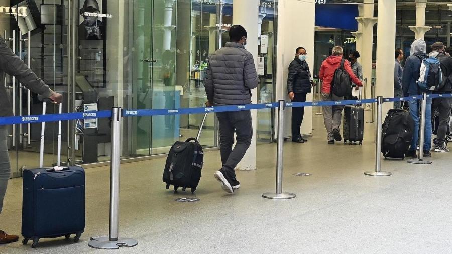 بريطانيا تتراجع عن فتح السفر مع فرنسا