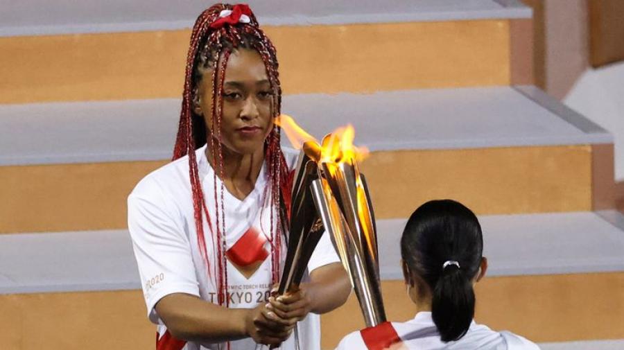 أولمبياد طوكيو: ناومي أوساكا توقد الشعلة