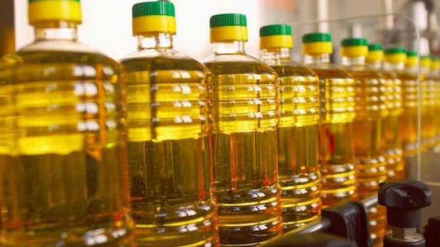 بفائض إنتاج بلغ 15 ألف طن.. أين اختفى الزيت النباتي المدعّم؟