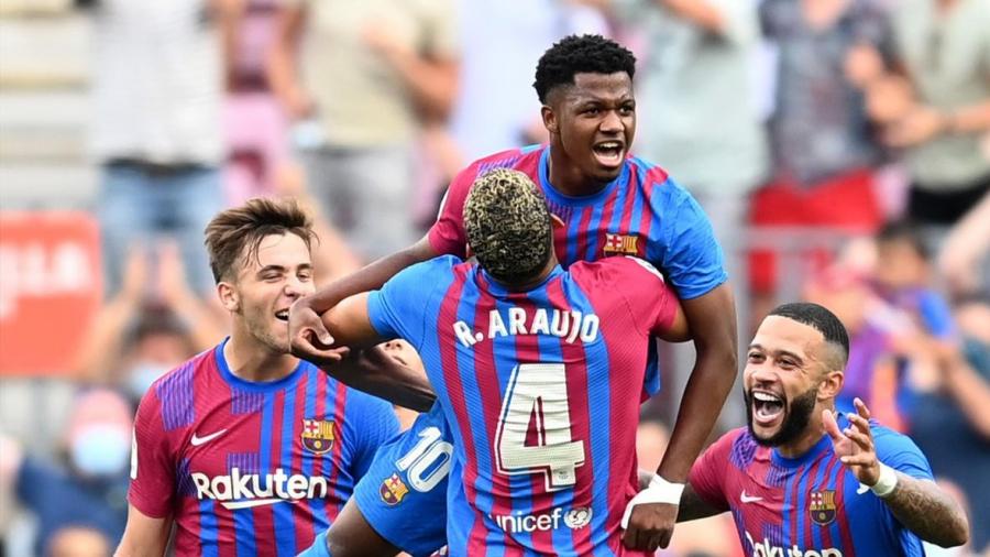 برشلونة يستعيد توازنه بثلاثية في مرمى ليفانتي