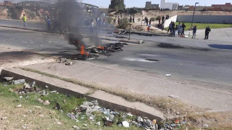 Affaire du kiosque de Sbeitla:La famille de la victime bloque la route