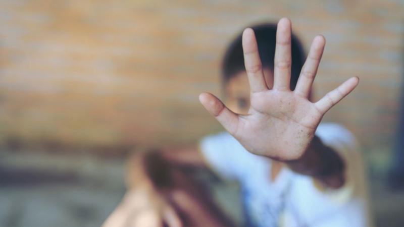 Agression au couteau d'un enfant non-voyant : ouverture d'une enquête