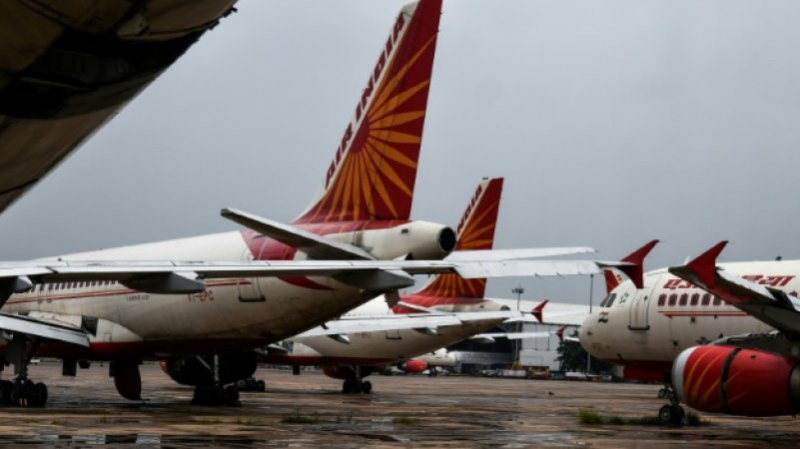 Air India: Un avion heurte un mur, deux pilotes suspendus