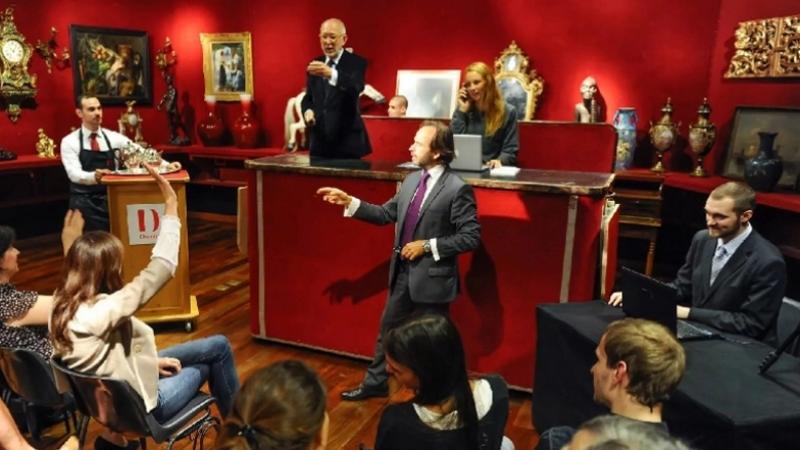 Annulation de la vente aux enchères des pièces historiques beylicales