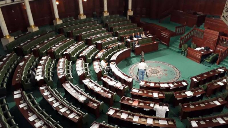 Approbation de la loi de délégation de pouvoir au chef du gouvernement