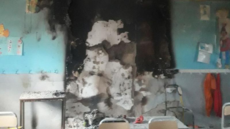 Arrestation de mineurs impliqués dans l'incendie d'une salle de classe