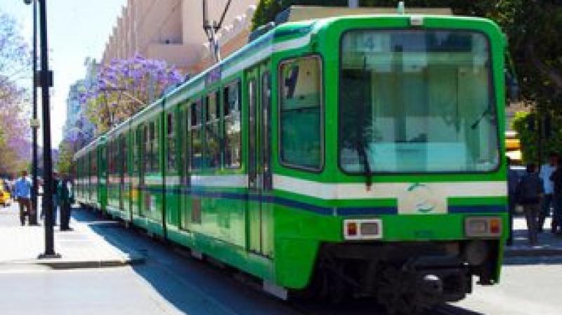 Attentat: Le métro s'arrête à la station de la République