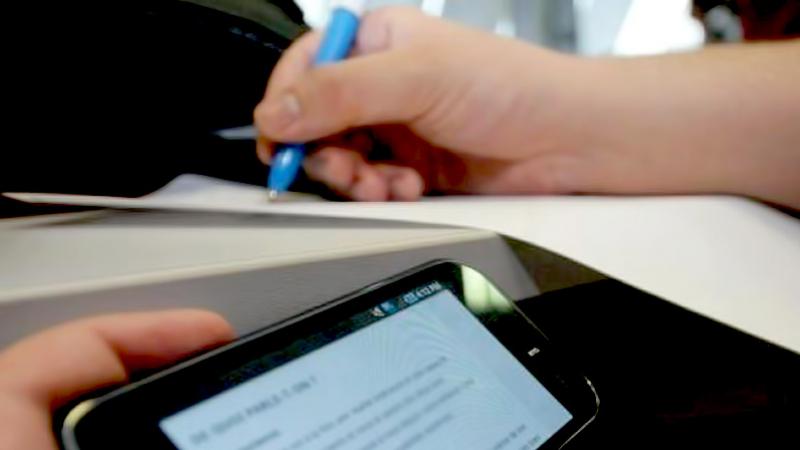 Bac: saisie de téléphones portables chez des élèves