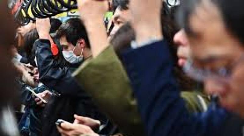 'Bas les pattes' une application contre les frotteurs du métro