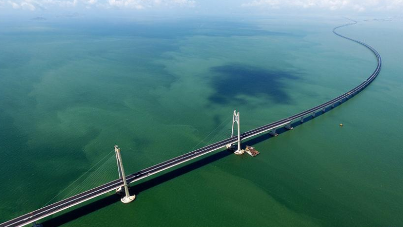 Chine: Inauguration du  plus long pont maritime au monde