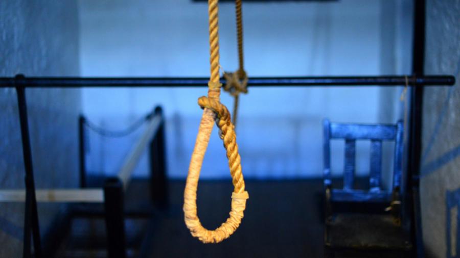 Condamné à la peine capitale pour avoir tué son éx -femme et sa mère