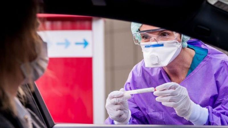 coronavirus: un test ''en 5 minutes'' pour automobilistes aux Emirats