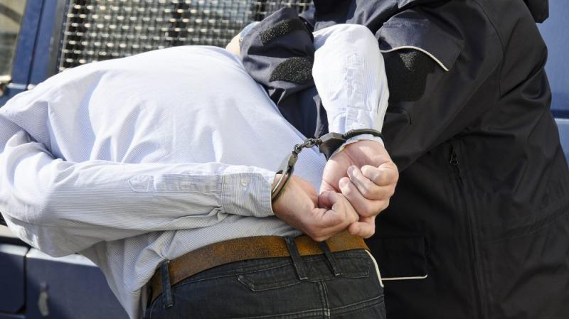 Démantèlement d'un réseau de prostitution et de trafic de drogues