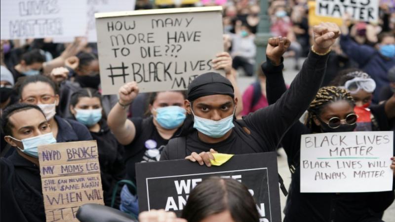 Des associations et des ONG  soutiennent le soulèvement populaire US