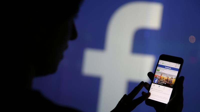 Des comptes désactivés: Facebook s'explique
