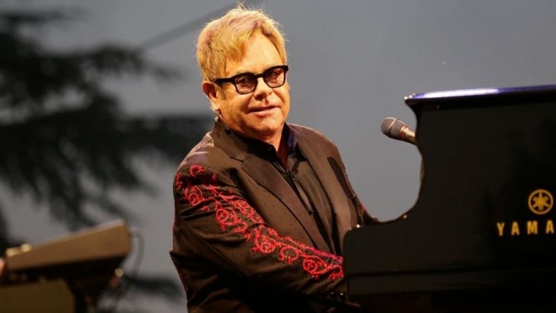 Elton Jhon en convalescence