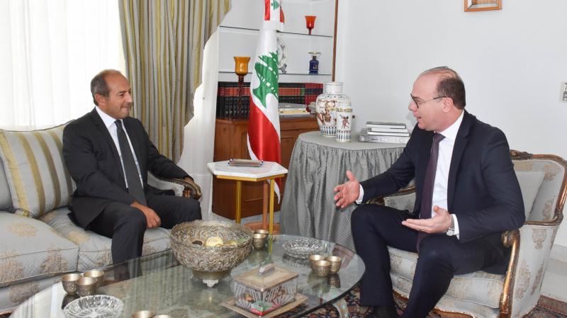 Elyes Fakhfakh présente ses condoléances au peuple libanais