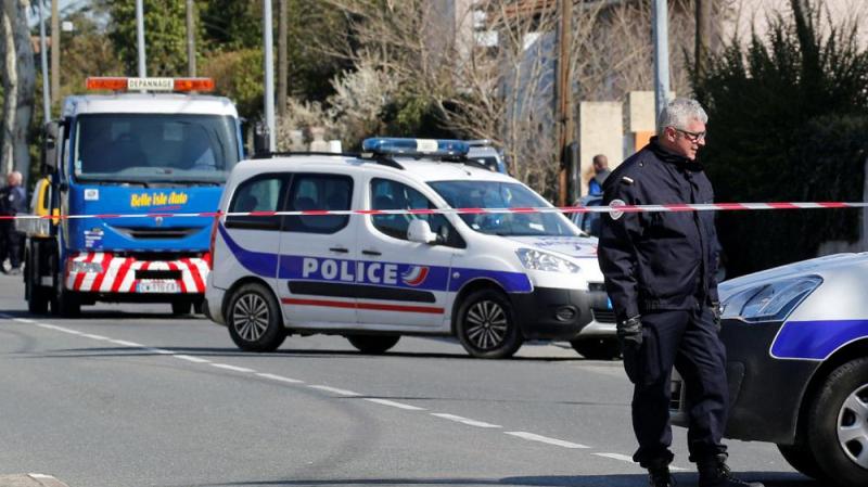 Emmanuel Macron : il s'agit d'un acte terroriste