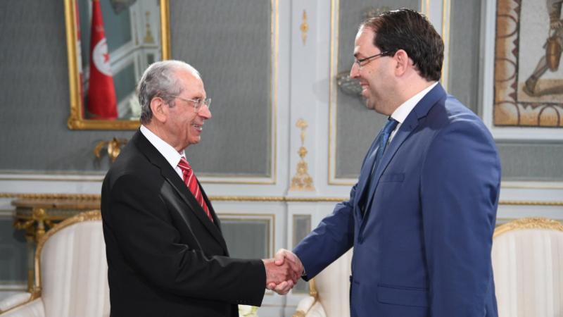 Ennaceur et Chahed reportent le conseil ministériel