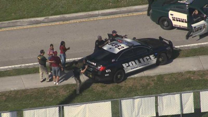 Fusillade en Floride : près de 50 blessés dans un lycée