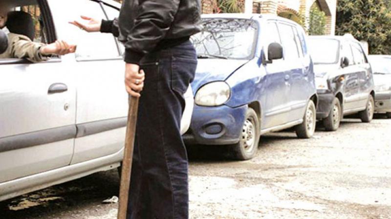 gardien de parking illégal