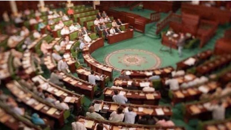 Ghannouchi appelé à ne pas quitter la plénière