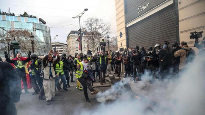 Gilets jaunes Act IV: Des centaines d'arrestations
