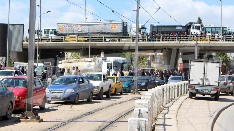 Grève des louages et taxis: Les avis divergent