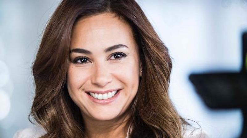 Hend Sabry signe un accord avec Netflix