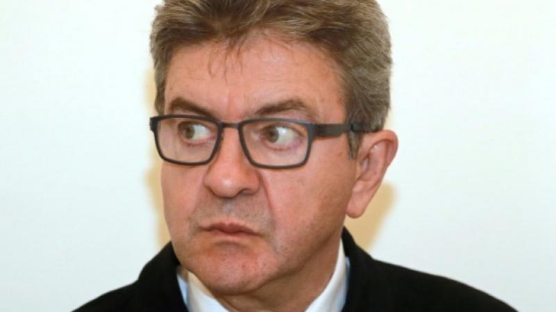 Jean-Luc Mélenchon  poste une vidéo de perquisition