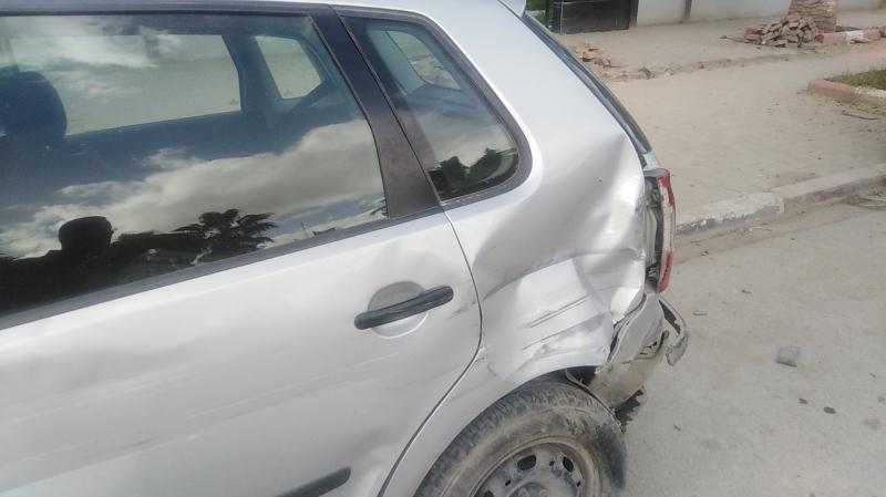 Jendouba: Un camion heurte 12 voitures stationnées
