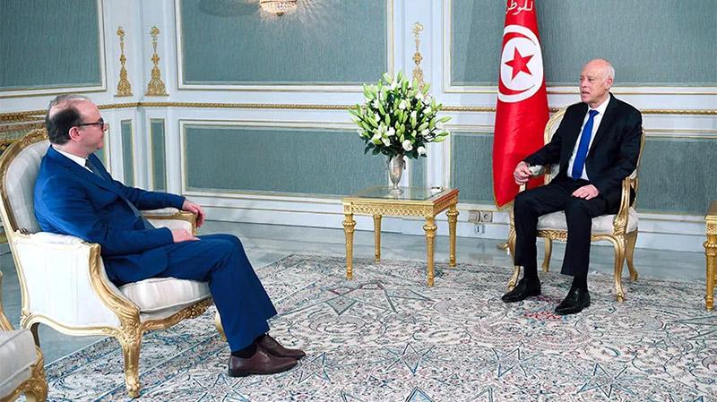 Kaïs Saïed demande à Fakhfakh de démissionner