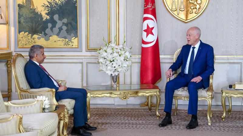 Kais Saied reçoit Mohamed Ben Ali Koumane