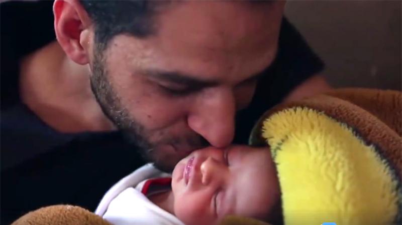 Kamal et sa petite fille