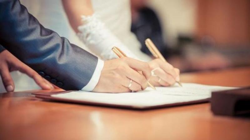 Kébili : La signature des contrats de mariage suspendue