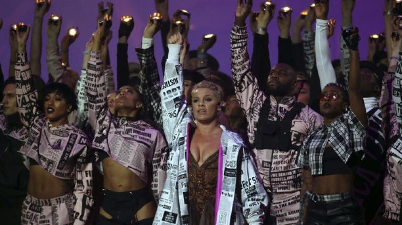 L'époustouflante prestation de Pink au Brit Awards