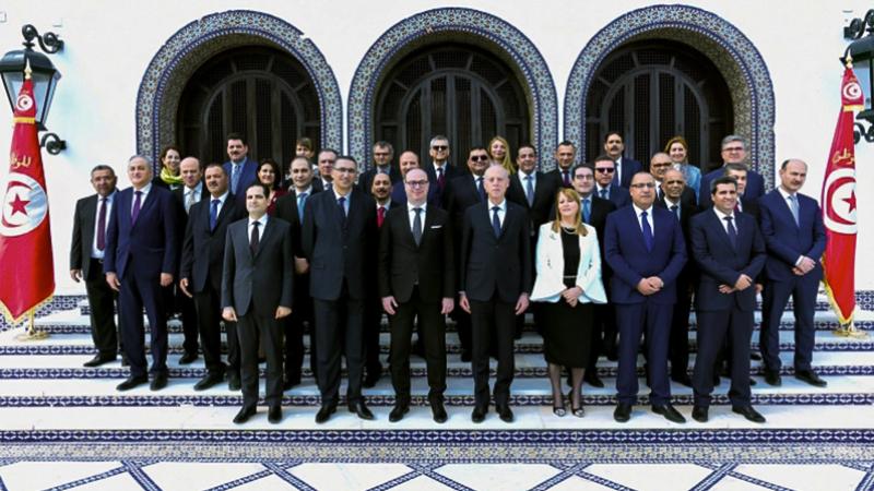 Le limogeage des ministres après la démission est insensé