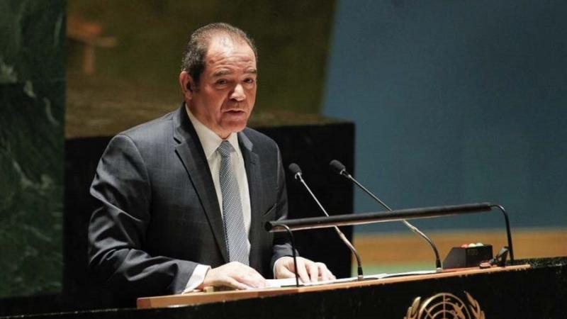 Le ministre algérien des Affaires étrangères en visite à Tunis