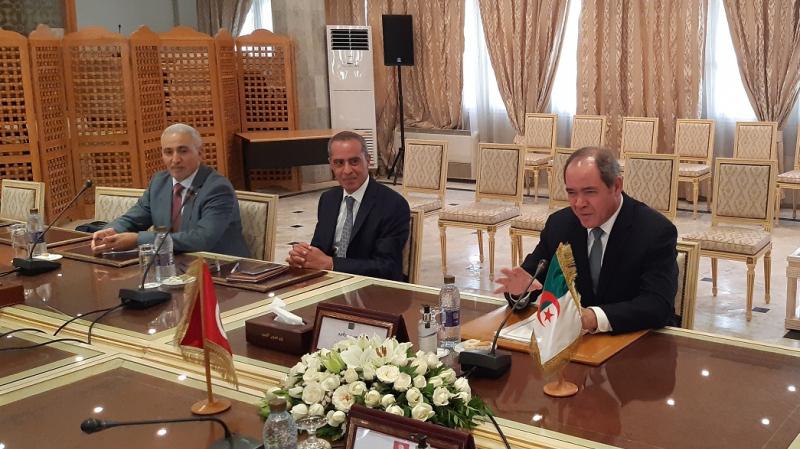 Le ministre des Affaires Étrangères algérien : Il faut sauver la Libye