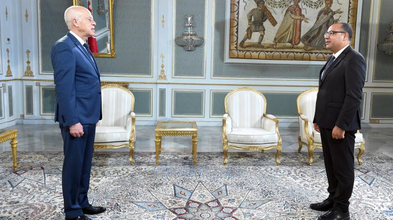 Le président de la République reçoit Hichem Mechichi