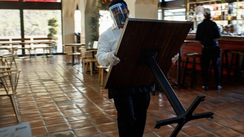 Les cafés sans chaises à partir de ...