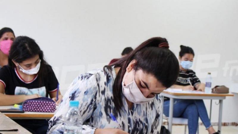 Les élèves et les enseignants du baccalauréat négatifs au coronavirus