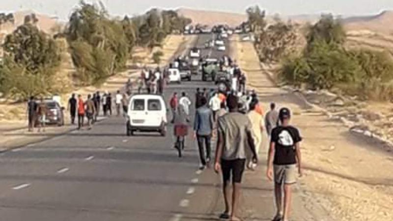 Les habitants de Remada quittent la région