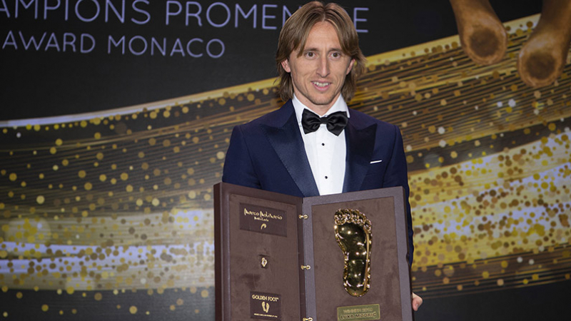 Luka Modric remporte le Golden Foot  2019